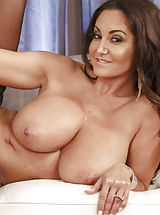 Young Busty, Ava Addams