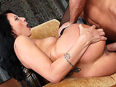 Busty Babes, Zoey Holloway & Bill Bailey in Fucking Hot Moms