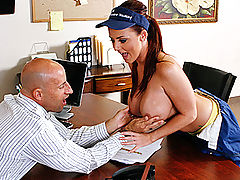 Brazzers Video Let the tits do the cleaning