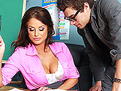 Hairy Pussy, Brazzers Gratis Getting Head in Sex Ed