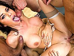 Busty Vintage, Brazzers Gratis Five to One