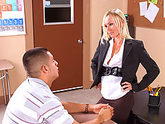 Bigtits Officesex, Caresse & David Loso as Sexy Teacher