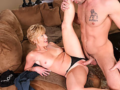 Chanel Carrera & Charles Dera in Fucking Hot Moms