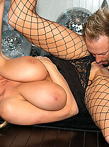 Group.Sex Pics: Kacey Jordan & Kelly Madison 1