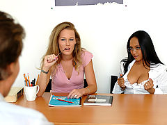 Bigtits Officesex, Loni & Phoenix Ray as Sexy Teacher