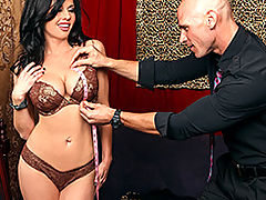 Busty Vintage, Brazzers Videos The Right Fit