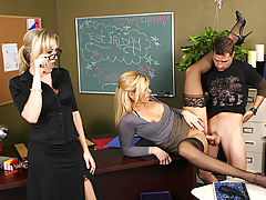 Bouncing Boobs, Darryl Hanah, Alana Evans & Kris Slater as Sexy Teacher