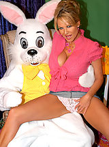 Huge Tits, Kelly meets the Easter bunny and gets fucked like a rabbit.