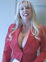 Sexy Busty, Cum Crazy Wifey in Realtor XXX