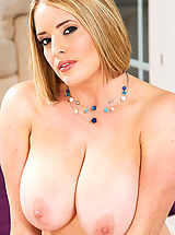 Naughty America, Maggie Green,My Associate's Hot Mom,Johnny Castle, Maggie Green, Friend's Mom, Couch, Counter, Floor, Kitchen, Living room, Butt smacking, Ball licking, Big Ass, Big Dick, Great Natural Breasts, Blonde, Blue Eyes, Caucasian, Deepthroating, Facial, Hairy M