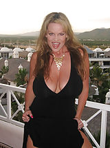 Milf Pics: In Mexico, Kelly makes a big cock cum all of her titties.
