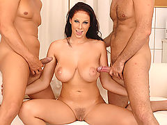 nice tites, Nurse Gianna enjoys a threesome with two hard doctor dicks