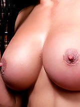 Bouncing Boobs, Sexy milf gets her tight pussy filled