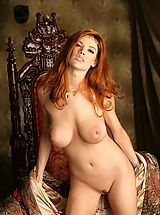 Bouncing Boobs, WoW nude roxetta redhead queen