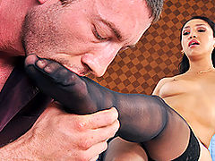 Bouncing Boobs, Brazzers Worth The Wait