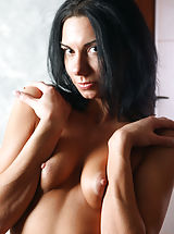 Nipples Pics: Skinny, yet dirty-minded brunette Sandra shows her tits and cunt