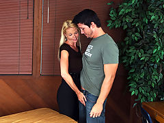 Bigtits Officesex, Leah Lust & Aaron Wilcoxxx as Sexy Teacher