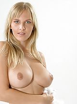 Busty Girls, Magdalene - Mighty Aphrodite